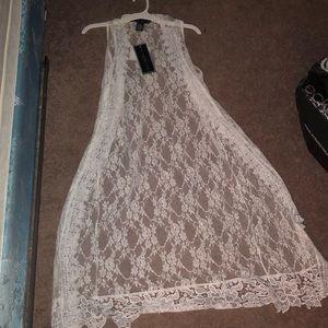 Polly & Esther white lace sleeveless kimono